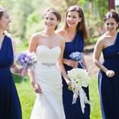 Как одеться на свадьбу подруги