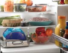 Как избежать неприятного запаха в холодильнике