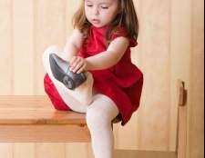 Как помочь ребенку научиться одеваться