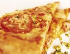 Как приготовить пиццу с колбасой